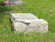 MONUMENT, GRAY - Meigs County, Ohio | GRAY MONUMENT - Ohio Gravestone Photos