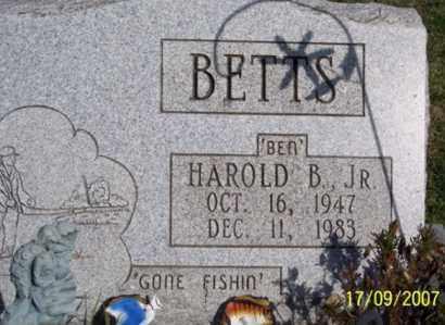 "BETTS, HAROLD B. ""BEN"" JR. - Ross County, Ohio | HAROLD B. ""BEN"" JR. BETTS - Ohio Gravestone Photos"