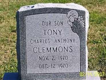 "CLEMMONS, CHARLES ANTHONY ""TONY"" - Ross County, Ohio   CHARLES ANTHONY ""TONY"" CLEMMONS - Ohio Gravestone Photos"