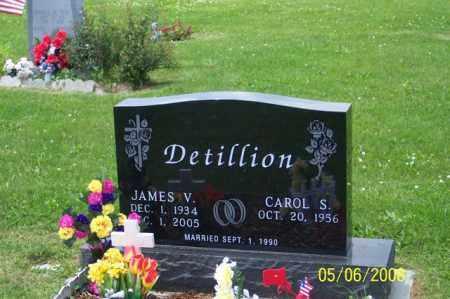 DETILLION, JAMES V. - Ross County, Ohio   JAMES V. DETILLION - Ohio Gravestone Photos