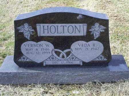 HOLTON, VERNON W. - Ross County, Ohio   VERNON W. HOLTON - Ohio Gravestone Photos
