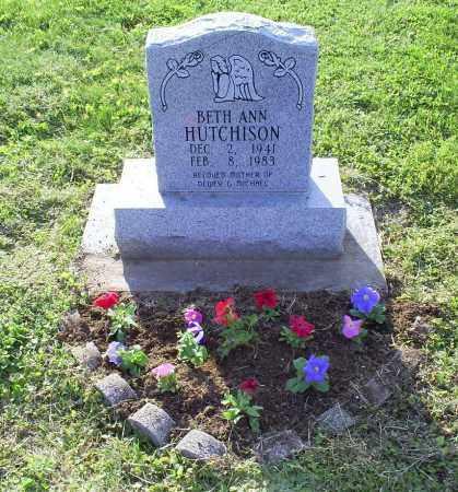HOLTON HUTCHISON, BETH ANN - Ross County, Ohio | BETH ANN HOLTON HUTCHISON - Ohio Gravestone Photos