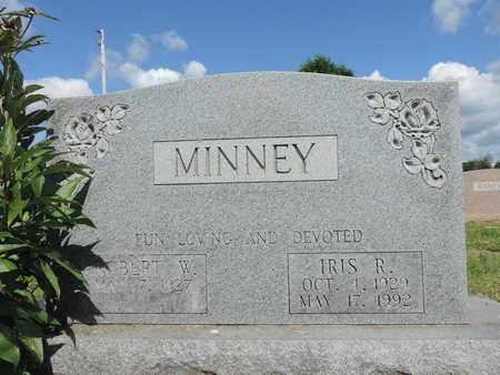 MINNEY, ROBERT W. - Ross County, Ohio | ROBERT W. MINNEY - Ohio Gravestone Photos