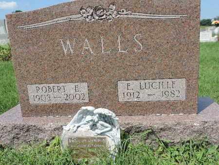 WALLS, ROBERT E - Ross County, Ohio | ROBERT E WALLS - Ohio Gravestone Photos