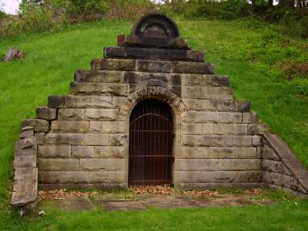 RUSSELL MAUSOLEUM, G.L. - Stark County, Ohio | G.L. RUSSELL MAUSOLEUM - Ohio Gravestone Photos
