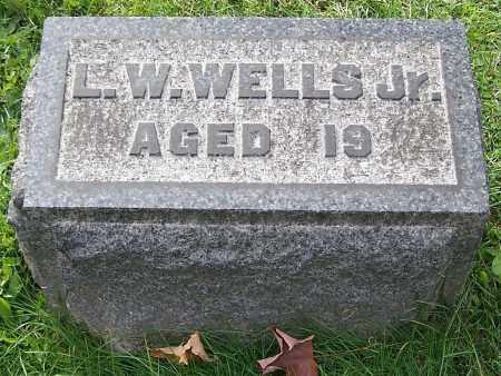 WELLS, L.W. (JR)) - Stark County, Ohio | L.W. (JR)) WELLS - Ohio Gravestone Photos
