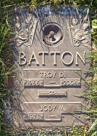 BATTON, TROY D. - Trumbull County, Ohio | TROY D. BATTON - Ohio Gravestone Photos