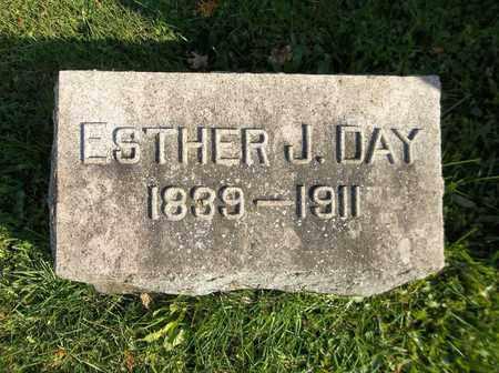 DAY, ESTHER J. - Trumbull County, Ohio   ESTHER J. DAY - Ohio Gravestone Photos