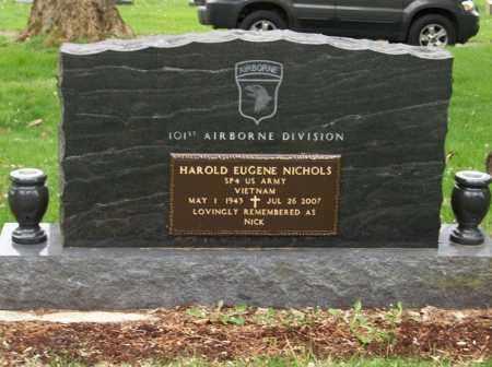 NICHOLS, HAROLD EUGENE - Trumbull County, Ohio   HAROLD EUGENE NICHOLS - Ohio Gravestone Photos