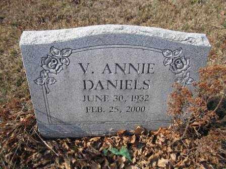 DANIELS, V. ANNIE - Union County, Ohio   V. ANNIE DANIELS - Ohio Gravestone Photos