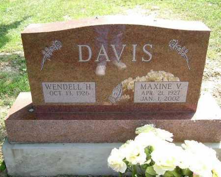 DAVIS, MAXINE V. - Vinton County, Ohio   MAXINE V. DAVIS - Ohio Gravestone Photos