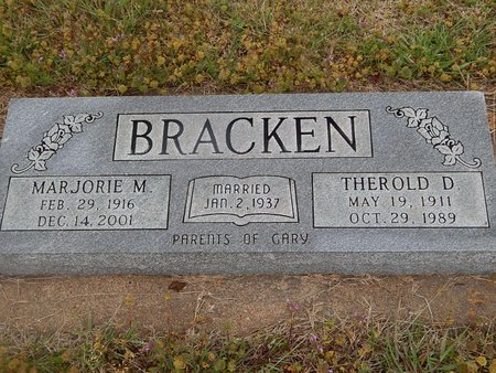 BRACKEN, MARJORIE M - Kay County, Oklahoma | MARJORIE M BRACKEN - Oklahoma Gravestone Photos