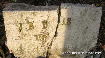 DAVIS, J  B - Le Flore County, Oklahoma   J  B DAVIS - Oklahoma Gravestone Photos