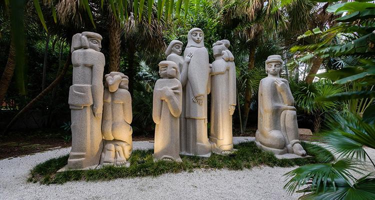 Ann Norton Sculpture Garden, Photo by Capehart Photography