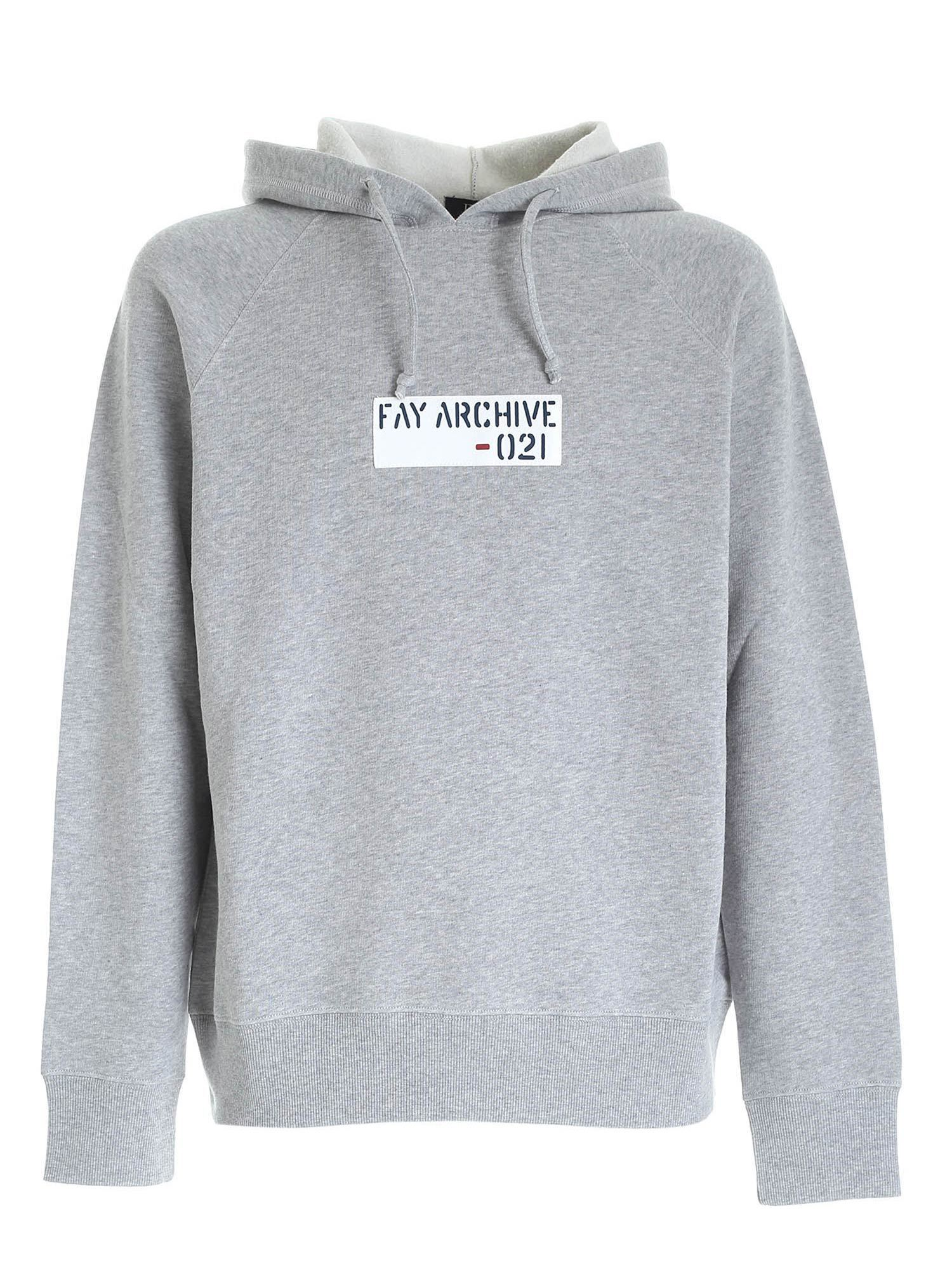LOGO PATCH SWEATSHIRT IN GREY FAY | -108764232 | NJMB5412830SHEB200