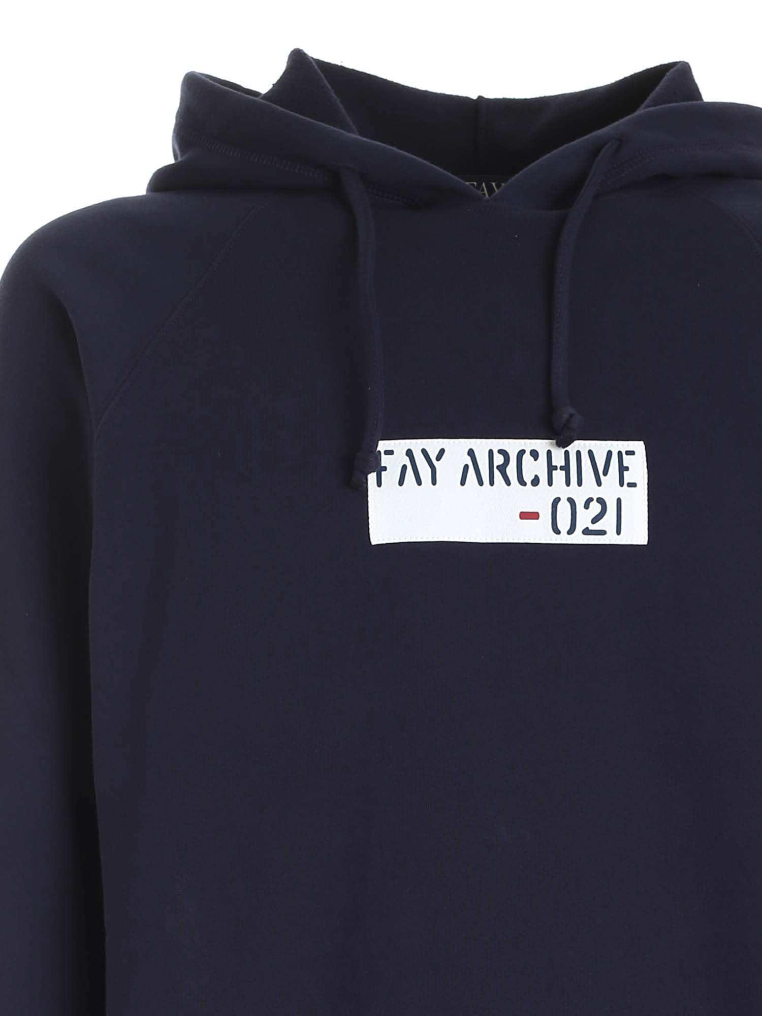 LOGO PATCH SWEATSHIRT IN BLUE FAY | -108764232 | NJMB5412830SHEU807