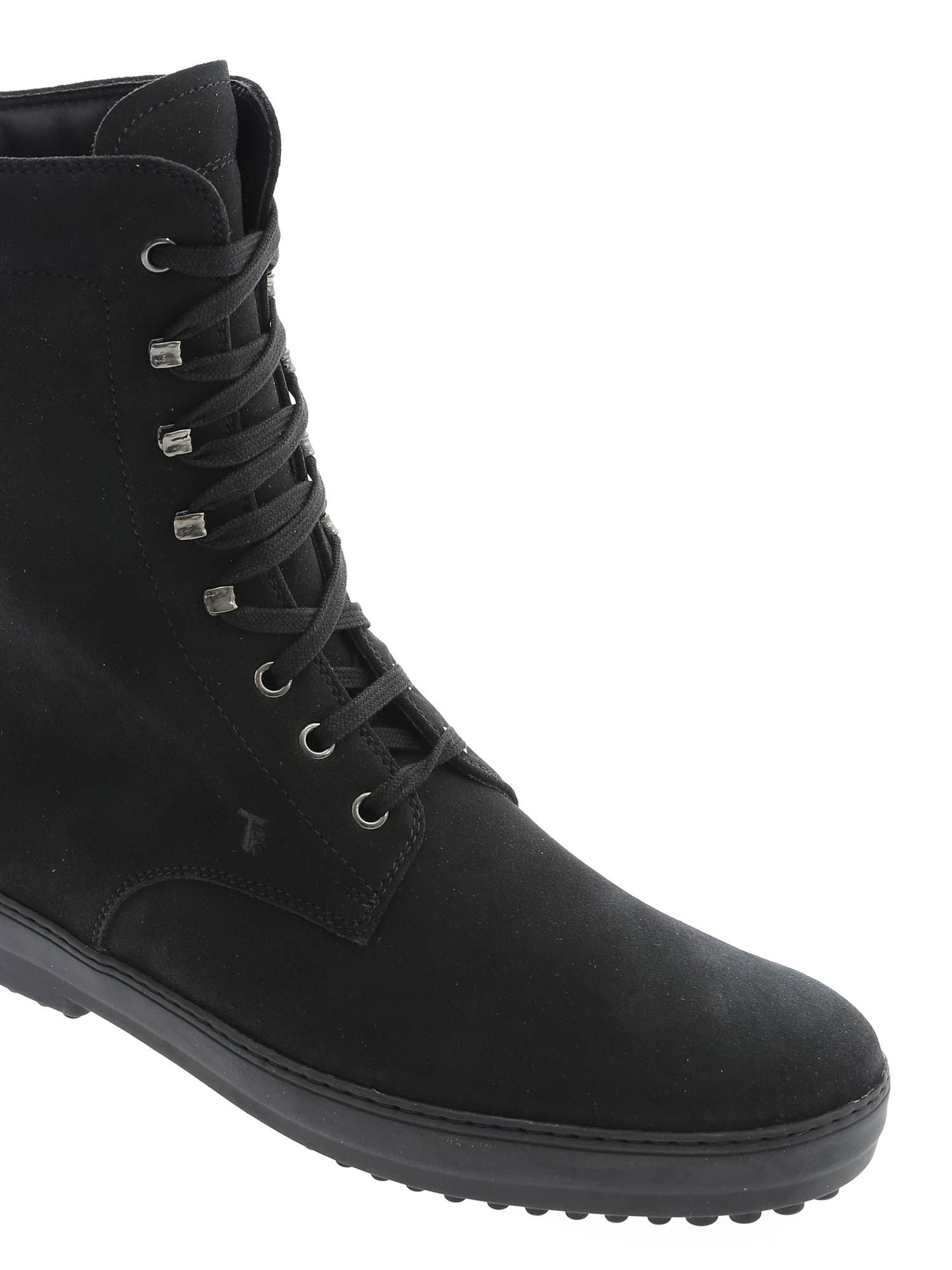 LOGO SUEDE ANKLE BOOTS IN BLACK TOD