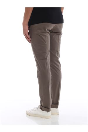 Pantaloni chino Gaubert in cotone beige scuro DONDUP | 20000005 | UP235GS0036PTDDU720