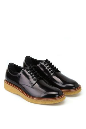Lace-ups in Leather