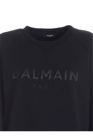 LOGO PATCH SWEATSHIRT IN BLACK BALMAIN | -108764232 | UF03691I4970PA