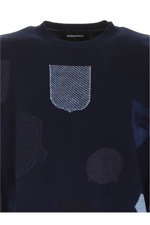 CONTRASTING INLAYS PULLOVER IN BLUE