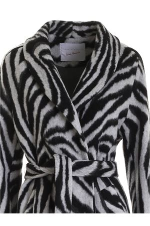 ANIMAL PRINT COAT IN BLACK AND WHITE GIADA BENINCASA | 17 | F0210J4J4