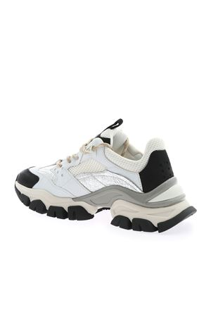 LEAVE NO TRACE SNEAKERS IN WHITE AND BLACK MONCLER | 5032238 | 4M7080002SG7003