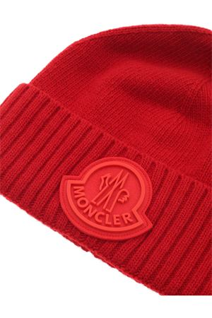 TRICOT BEANIE IN RED MONCLER | 26 | 9Z72600A9524456