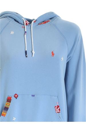 EMBROIDERY AND PATCH SWEATSHIRT IN LIGHT BLUE POLO RALPH LAUREN | -108764232 | 211800344001