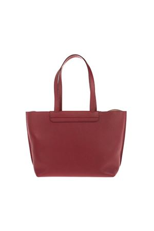 LOGO SHOULDER BAG IN BURGUNDY TOD