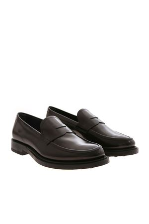 BLACK LOAFERS FEATURING PENNY BAR TOD
