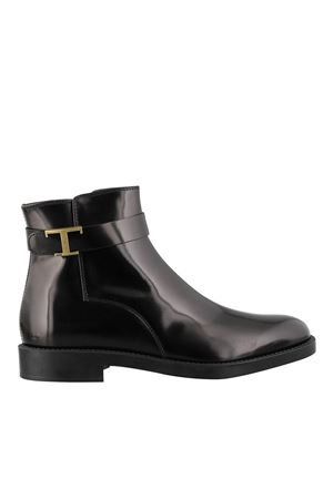 TIMELESS POLISHED LEATHER ANKLE BOOTS IN BLACK TOD