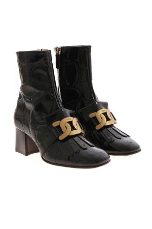 T60 FRINGED ANKLE BOOTS IN BLACK TOD