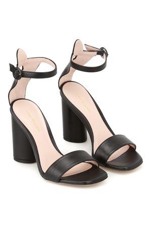 Kimly open toe sandals STUART WEITZMAN | 5032241 | KIMLYBLACK