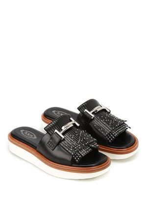 23A Double T leather sandals