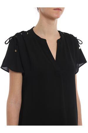 Blusa nera in crepe con cordoncini MH84LNT4YP001 MICHAEL DI MICHAEL KORS | 40 | MH84LNT4YP001