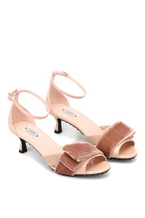 PINK SANDALS WITH VELVET BOW TOD