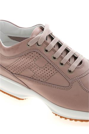INTERACTIVE SNEAKERS IN ANTIQUE PINK HOGAN | 120000001 | HXW00N00E30O6LL011