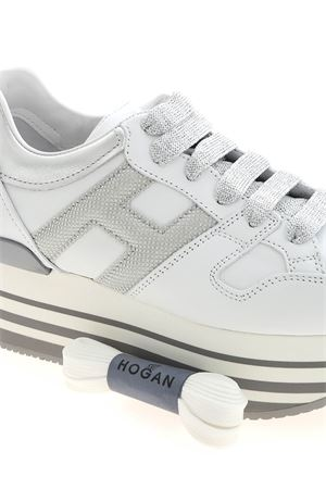 H283 SNEAKERS IN WHITE AND SILVER HOGAN | 120000001 | HXW2830T548P940351