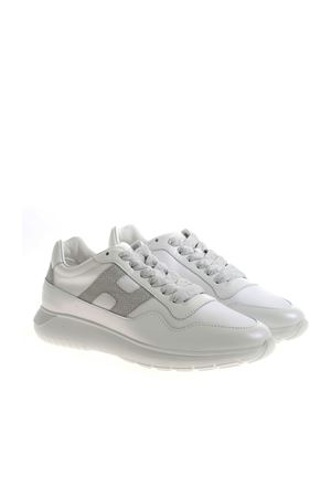 INTERACTIVE3 SNEAKERS IN WHITE HOGAN | 5032238 | HXW3710AP31PCZ0351