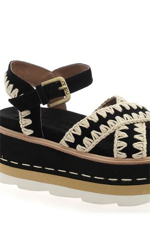 PLATFORM CRISS CROSS SANDALS IN BLACK MOU | 5032241 | SW351000ABKWH