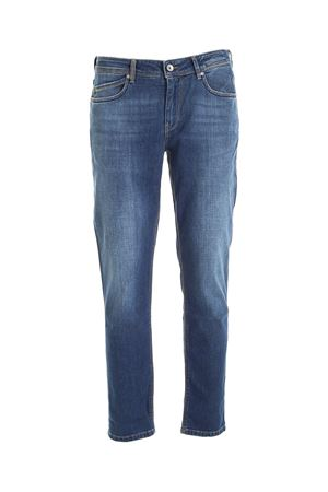 LOGO LABEL JEANS IN BLUE RE-HASH | 24 | P015302700ARBLUE