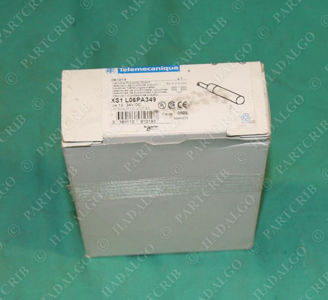 Telemecanique XS1 L06PA349 Inductive Proximity Limit Switch