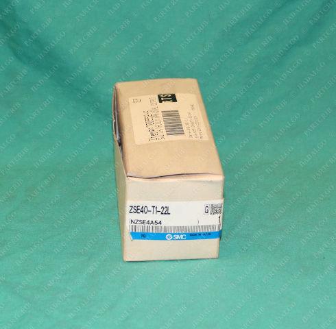 SMC, ZSE40-T1-22L, 700552-6, Vacuum Switch NPN Dual Output