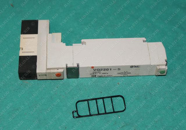 SMC, VQ2201-5, Pneumatic Solenoid Valve Manifold Air