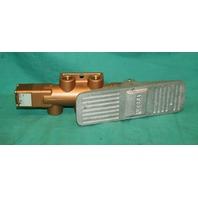 Versa VBT-4404 Four Way Valve Foot Pneumatic 200VAC NEW