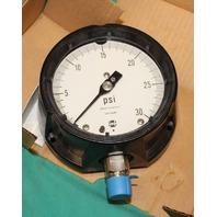 """Ametek 1981 Pressure Gauge 150023 30psi 0-30psi gage 4.5"""" 1/2""""  USG NEW"""