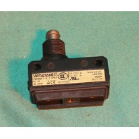 Yamatake EN60947-5-1 Limit Switch Plunger Button Micro 3A 250V NEW