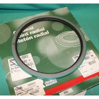 """Chicago Rawhide, CR-85002, Oil Seal 8.5"""" x 9.758"""" x .625"""" NEW"""