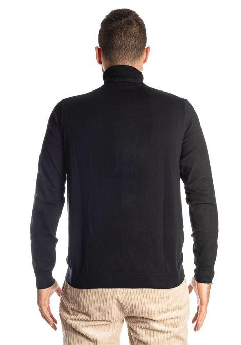 Maglione collo alto nero REFRIGUE | Maglieria | 40571COLLO-001